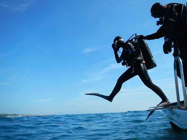 Scuba Hand Signal Diving You Need to Remember