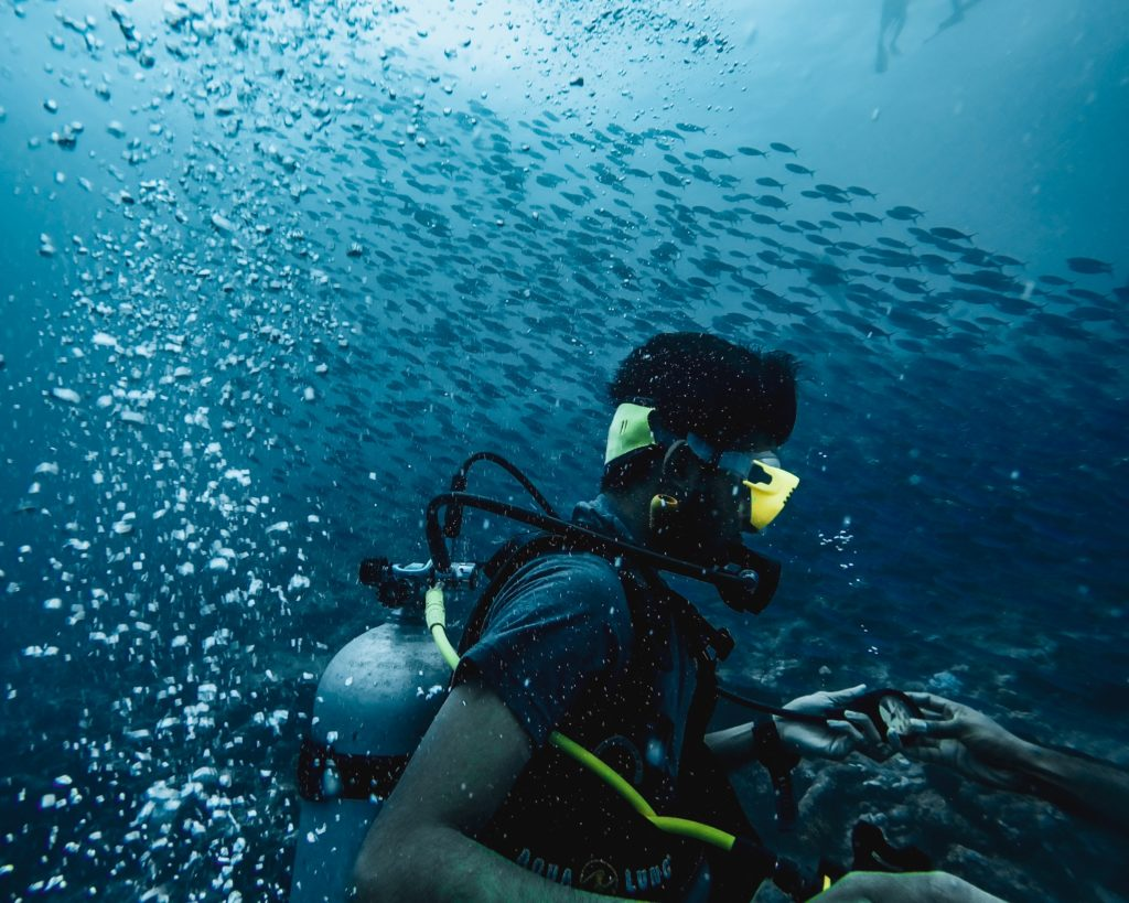 Underwater Sports: What Is Scuba Diving?